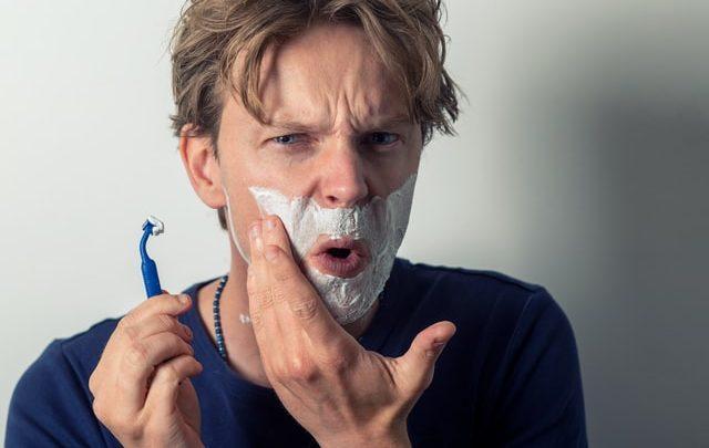 Comment faire pour éviter les démangeaisons après le rasage ?